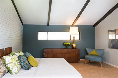classic mid century master bedroom design with king size midcentury modern bedroom decorating ideas