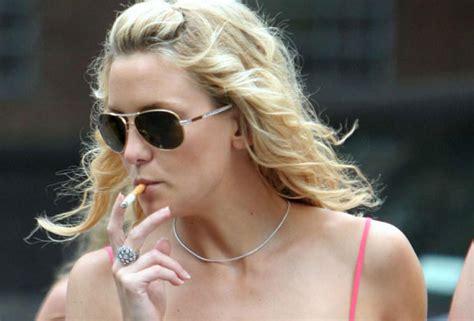 kate hudson smoking cigarettes 20 surprising female celebrity smokers page 4 of 21