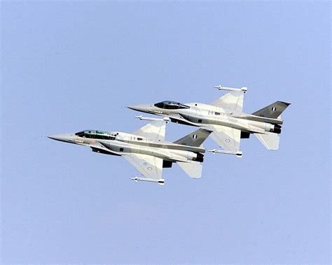 2 f 16s collide in mid air