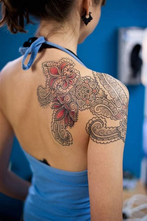 henna tattoo back piece best 25 henna inspired tattoos ideas on