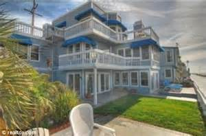 beverly 90210 house goes on sale for 9m thanks to