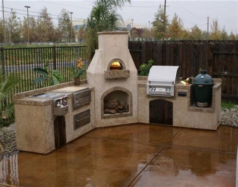backyard wood fired pizza oven best 25 industrial outdoor pizza ovens ideas on pinterest