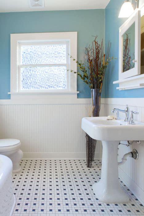 wand im badezimmer wanddekoration im badezimmer farben bilder deko f 252 r s bad