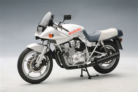1983 Suzuki Katana 1100 Fotos De Motos Ficha Tecnica Y Foto Suzuki Gsx 1100 S