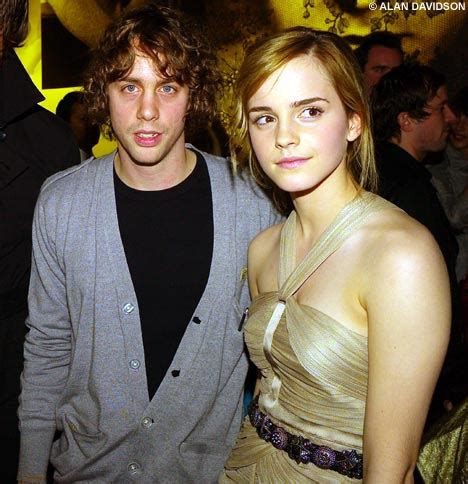 emma watson dad emma watson s parents fume over her evening with bad boy