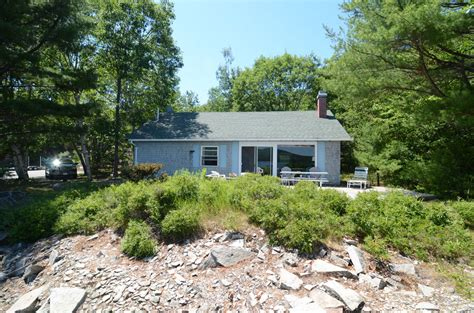 Point Cottage by Rock Point Cottage On Somes Sound