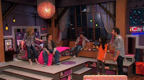 Carlys Bedroom by Icarly Icarly 4x01 Igot A Room