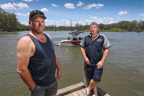 boat r yarrawonga attendance erodes for second wake ban information session