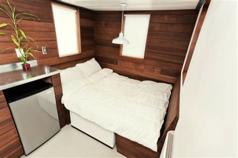 the miter box modern tiny house on wheels by shelter wise llc the miter box is 122 square feet of pure elegance tiny