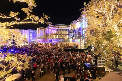 the grove christmas tree lighting 2017 christmas tree lighting the grove los angeles