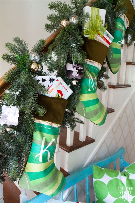 Fireplace Mantel Decorating Ideas For Christmas by Hanging Christmas Stockings In My Own Style