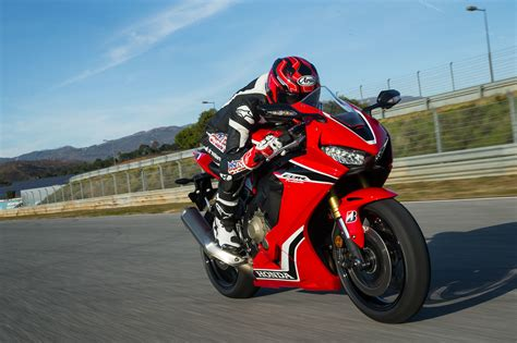 superbike honda cbr the honda cbr 1000 rr review bike is here