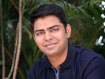 Rahul Baxter Booth Executive Mba by Housing Shows The Door To Rahul Yadav Forbes India