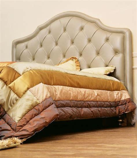 klassische betten klassisches doppelbett mit gepolstertem kopfteil getuftet
