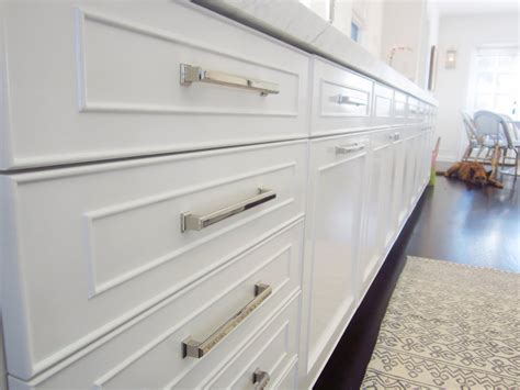 Kitchen Cabinet Hardware Is Probably Considered As The White Kitchen Cabinet Handles