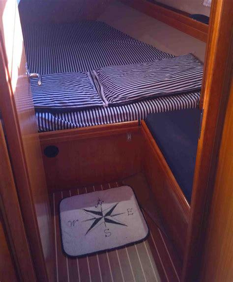 barche con cabina noleggio barche a vela in liguria sole e mare noleggio