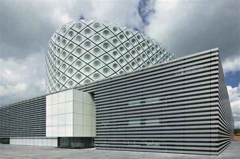 Arc Centre For Mba by Juan Carlos Hospital Rafael De La Hoz L Actiu