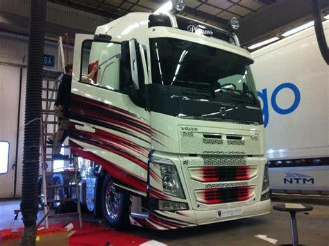 volvo fh  interior google search vehicles trucks volvo trucks volvo