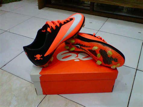 Sepatu Futsal Murah Ready Stock Ukuran 39 43 sepatu bola nike mercurial grosir sepatu futsal murah