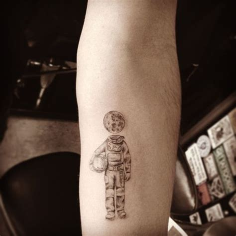 buzzfeed tattoos dr woo may be the coolest artist in los angeles