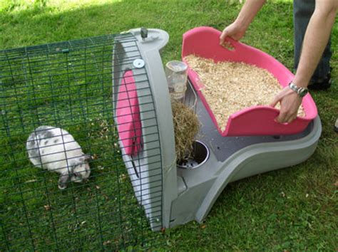 best rabbit bedding take the tray out to change your rabbits bedding needs