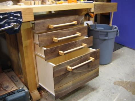 Building Drawers For A Workbench by Nenny Wood Workbench With Drawers Diy