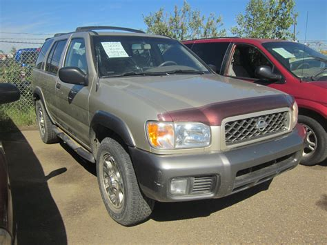 grey nissan pathfinder 2000 nissan pathfinder grey gary auctions