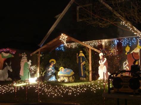 thb s tlc christmas lights pt 2 candy cane lane