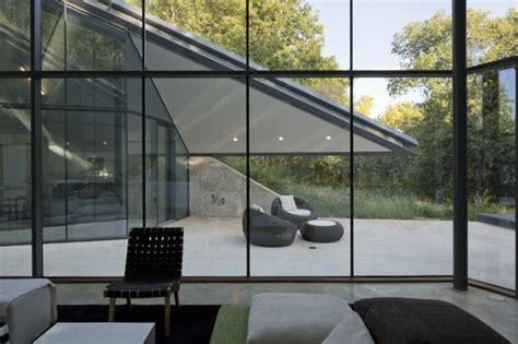 texas glass wall house uncrate la baie vitr 233 e 51 belles r 233 alisations archzine fr