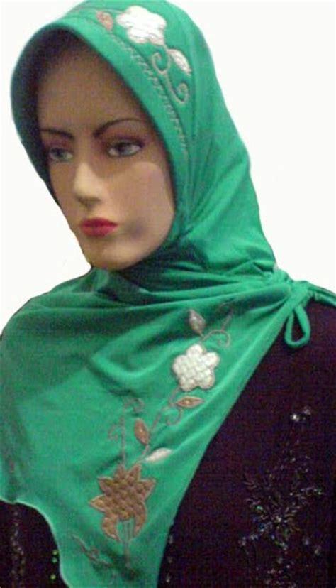 Jilbab Alya Bergo Pink 0 2 Tahun By Bayi Banget grosir jilbab murah grosir jilbab jilbab murah bergo spandex sulam ketupat