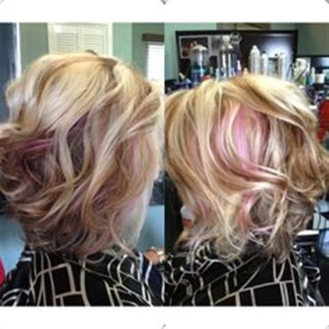 picture of jenny mcarthy red highlights pop of pink wild child jenny mccarthy shows off