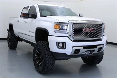 gmc hd denali   fts lift   fuel wheels navigation luxury vehicle  sale