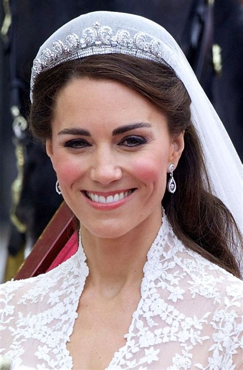 kate middleton here s why kate middleton doesn t wear tiaras very often
