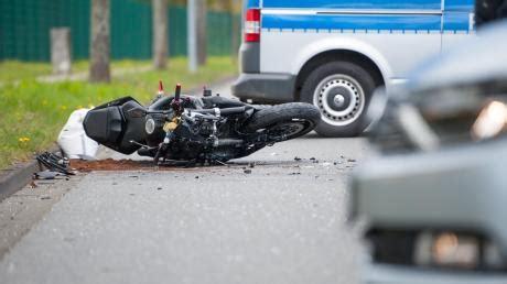 Motorradunfall Uelzen by Motorradunf 228 Lle News Von Die Welt