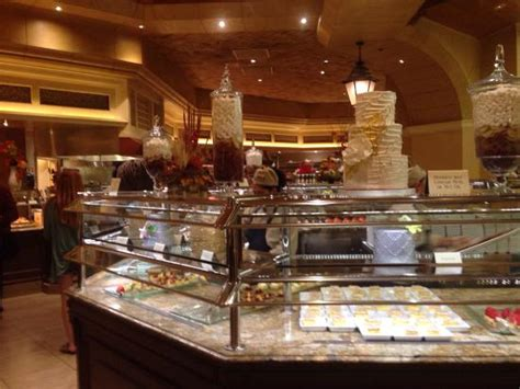 photo6 jpg picture of the buffet at bellagio las vegas