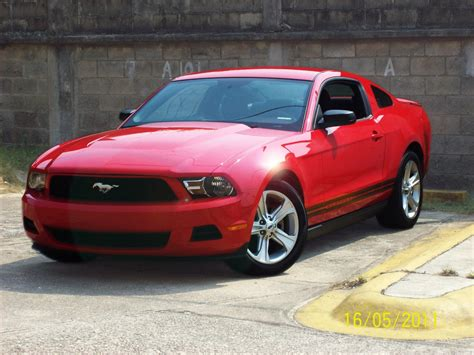 Mustang Auto 2010 by 2010 Ford Mustang V Pictures Information And Specs
