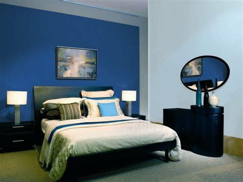 schlafzimmerwand akzente wandfarbe taubenblau ein gef 252 hl f 252 r ruhe und erholung