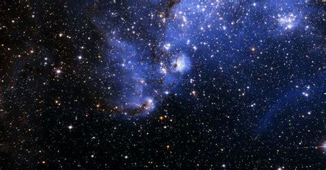 wallpaper alam semesta collision of two stars will create red nova in night sky