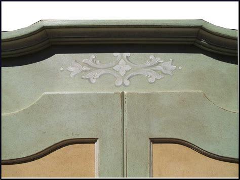 armadio dipinto armadio dipinto e decorato a mano con paesaggi la