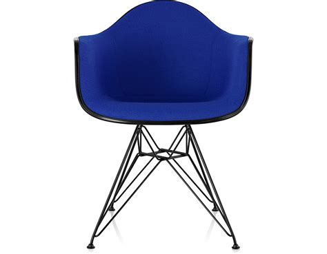 eames 174 upholstered armchair with wire base hivemodern