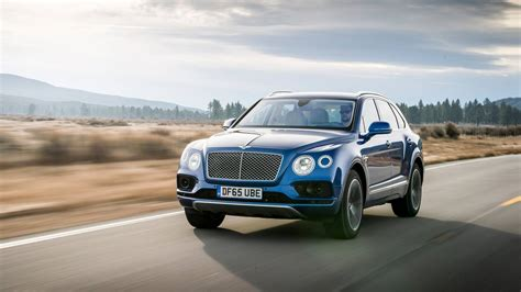 bentley bentayga wallpaper bentley bentayga diesel background gt minionswallpaper