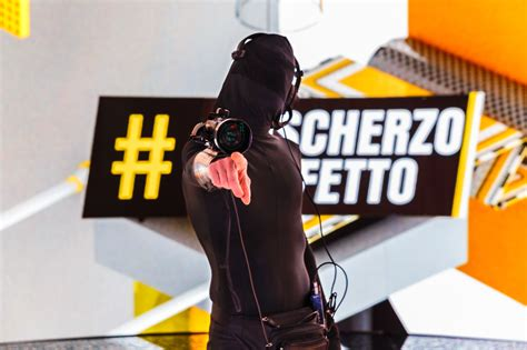 candid all italiana produzione candid e scherzi televisivi the munchies
