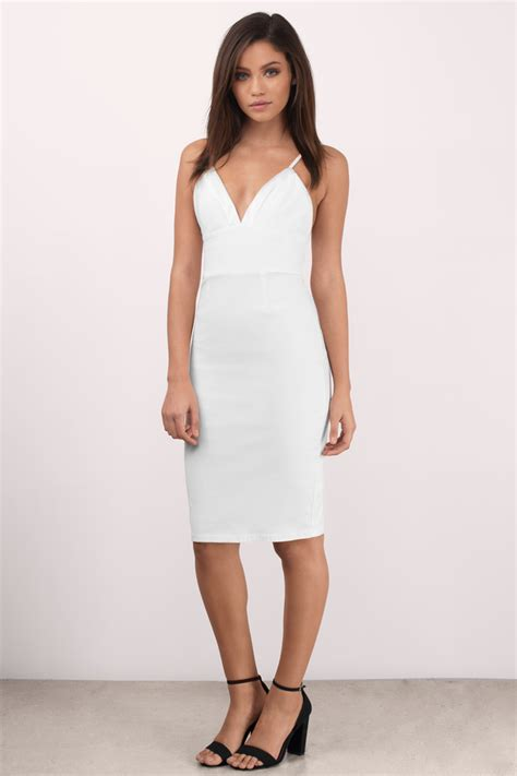 Casual Dress 21217 1 white dress with white heels boot hto
