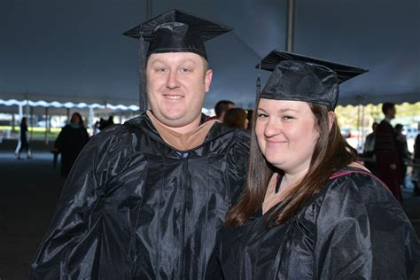 Part Time Mba And Eisenburg At Umass by 2015 Mba Oath And Graduation Isenberg