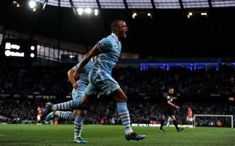 Kaos Ordinal Manchester City 01 vincent kompany persaingan belum selesai jual jersey