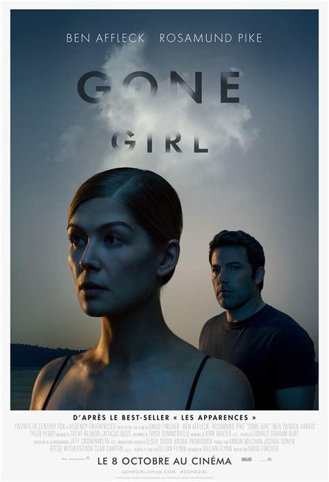 la torride scne de emily ratajkowski et ben affleck dans gone girl gone girl l affiche fran 231 aise du film d 233 voil 233 e les