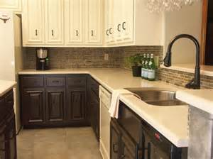 Two Cabinet Colors In Kitchen - kitchen with cabinets in two colors love how the top lighter colored ones recede and open up