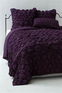 plum coverlet catalina quilt plum anthropologie com plum ideas