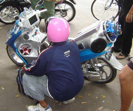 Motorrad Führerschein Wie Viele Stunden by Bali Und Lombok Mit Dem Motorrad Oder Moped Indonesien Reisen