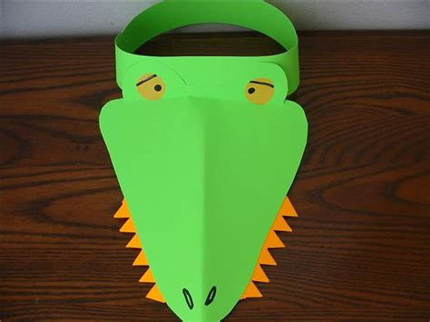 crocodile craft for alligator and crocodile themed lesson plan for preschool